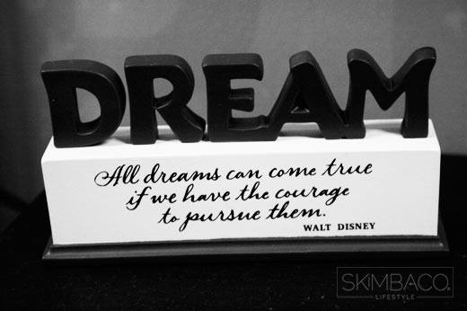 Walt Disney Quote Dream Live Your Dreams