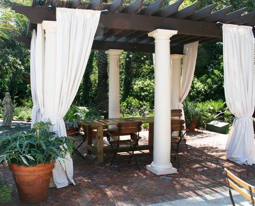Relaxing oasis backyard, outdoor living trends