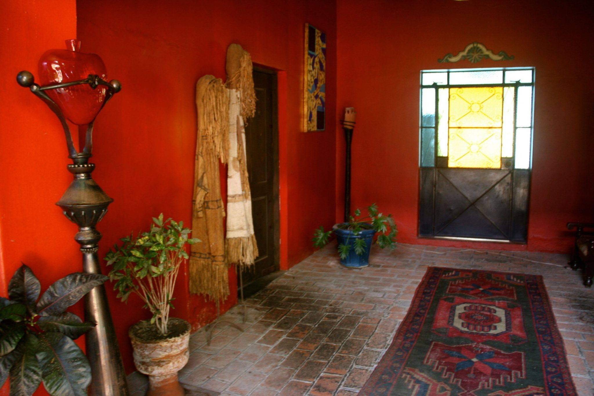 Pictures of Hotel California, Mexican decorating