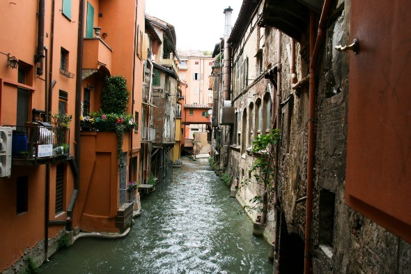 Almost hidden canals in Bologna as seen on https://www.skimbacolifestyle.com/2012/07/visit-bologna.html