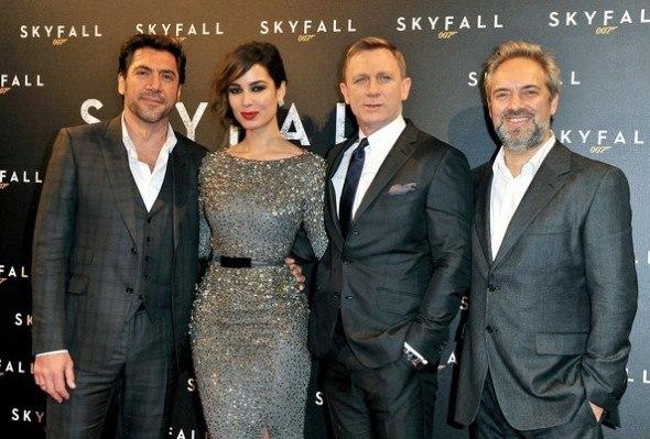Berenice Marlohe in Skyfall Paris premiere