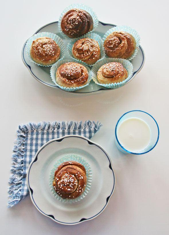 cinnamon buns, kanelbullens dag, kanelbull recipe, swedish cinnamon bun recipe