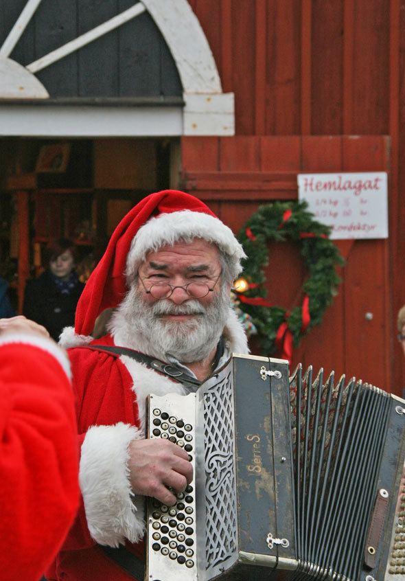 Linköping Santa Claus, Santa Claus Sweden