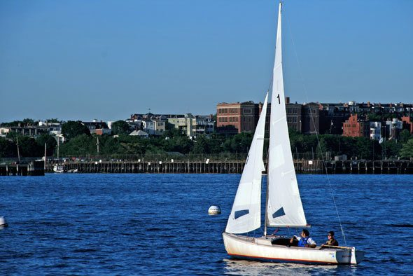 boston-sailing
