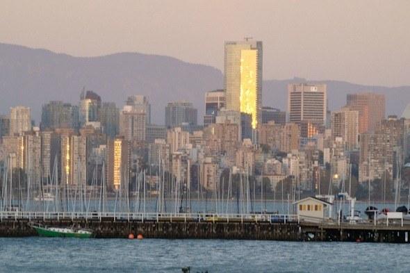 Vancouver skyline I @SatuVW I Destination Unknown