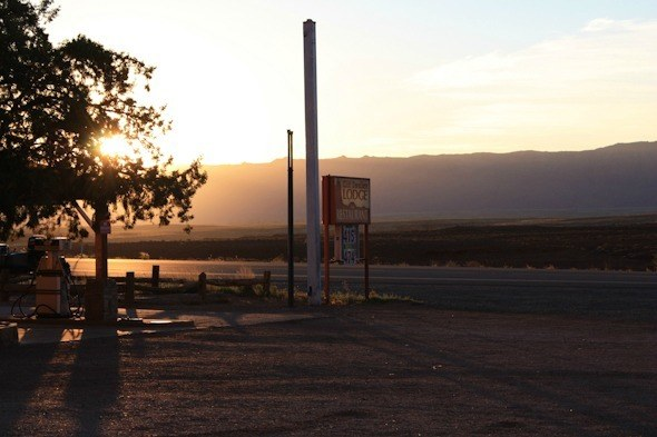Cliff Dwellers Lodge I @SatuVW I Destination Unknown