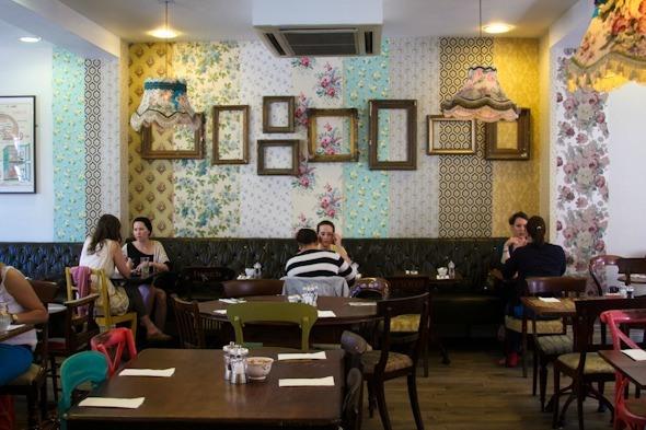 Avoca Cafe in Dublin, Ireland I @SatuVW I Destination Unknown