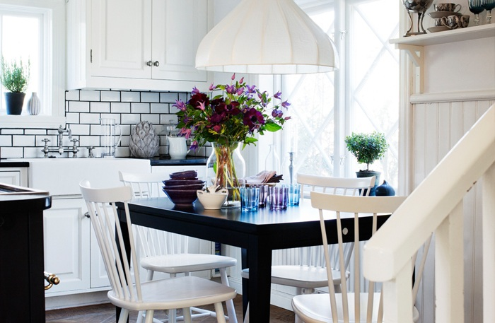 Swedish country kitchen details