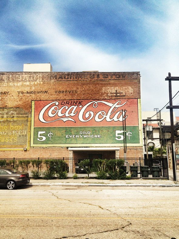 galveston-coca-cola-ad-building