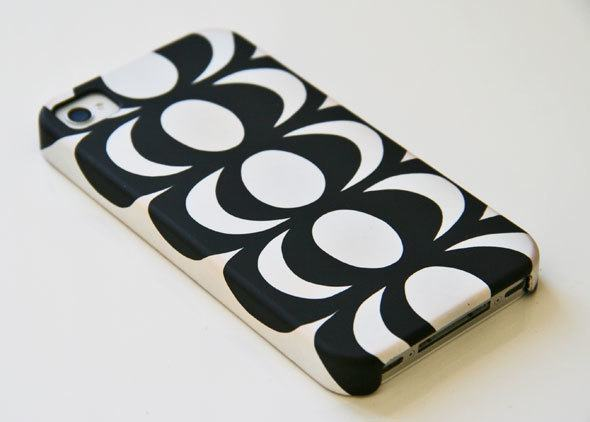 Marimekko iPhone case Kaivo as seen on SkimbacoLifestyle.com Photo by @katjapresnal