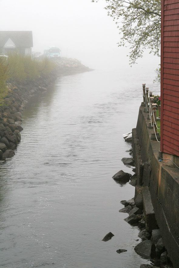 mahone-bay-foggy-day