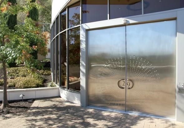 Vineyard 29 Entrance