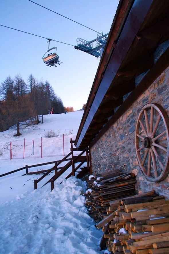 ski-chalet-bardonecchia-italy