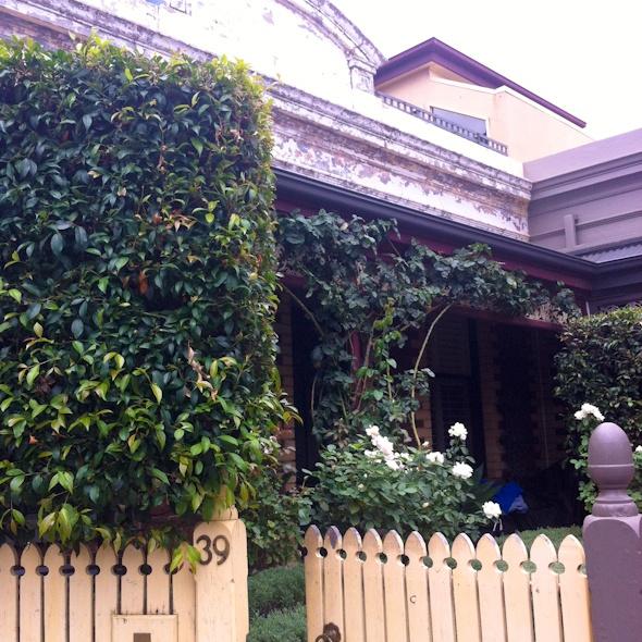 Emerald Cottage via Homestay I @SatuVW I Destination Unknown