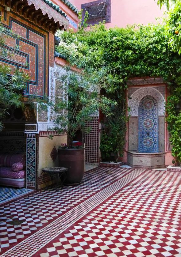 Ksar El Hamra restaurant riad in Marrakech, photo by Katja Presnal @skimbaco