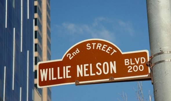 willie-nelson-boulevard-austin-texas