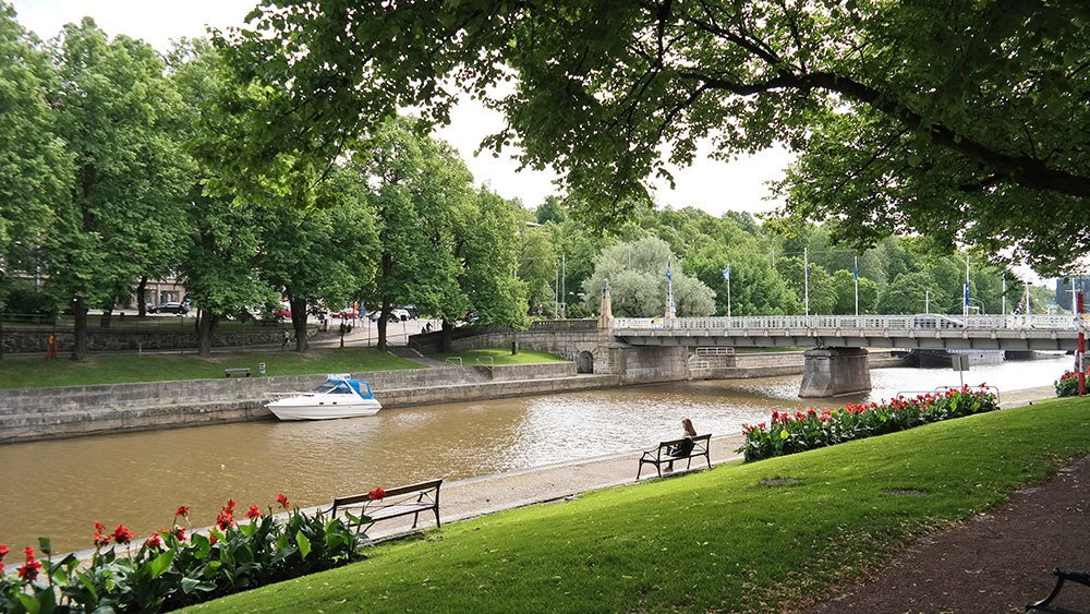 Aura-river area in Turku during summer. Travel photo by Katja Presnal | @skimbaco