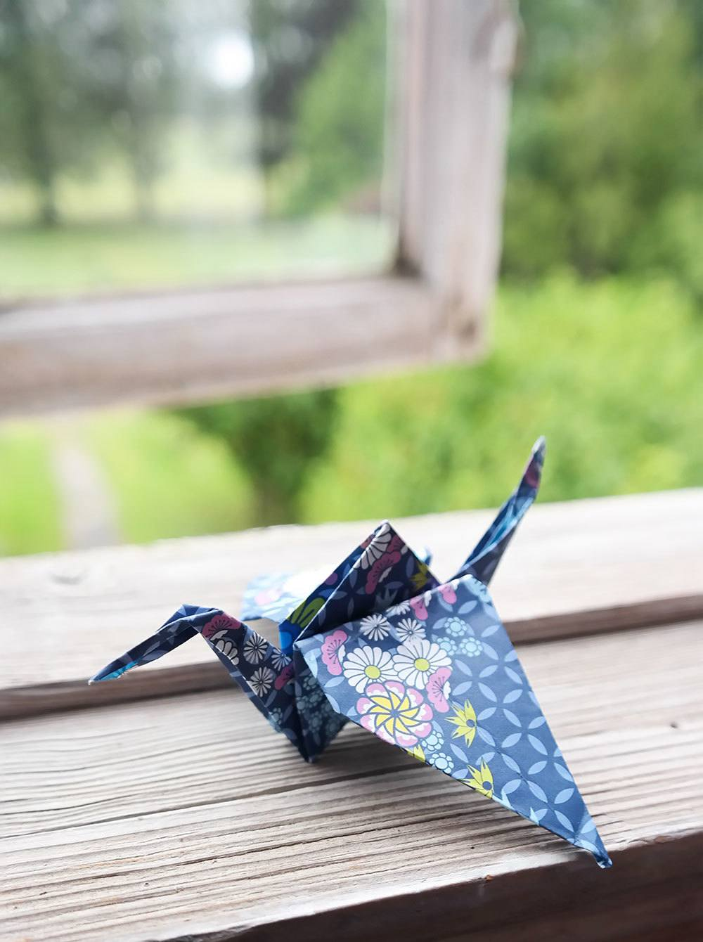 cheap decorating idea: origami birds
