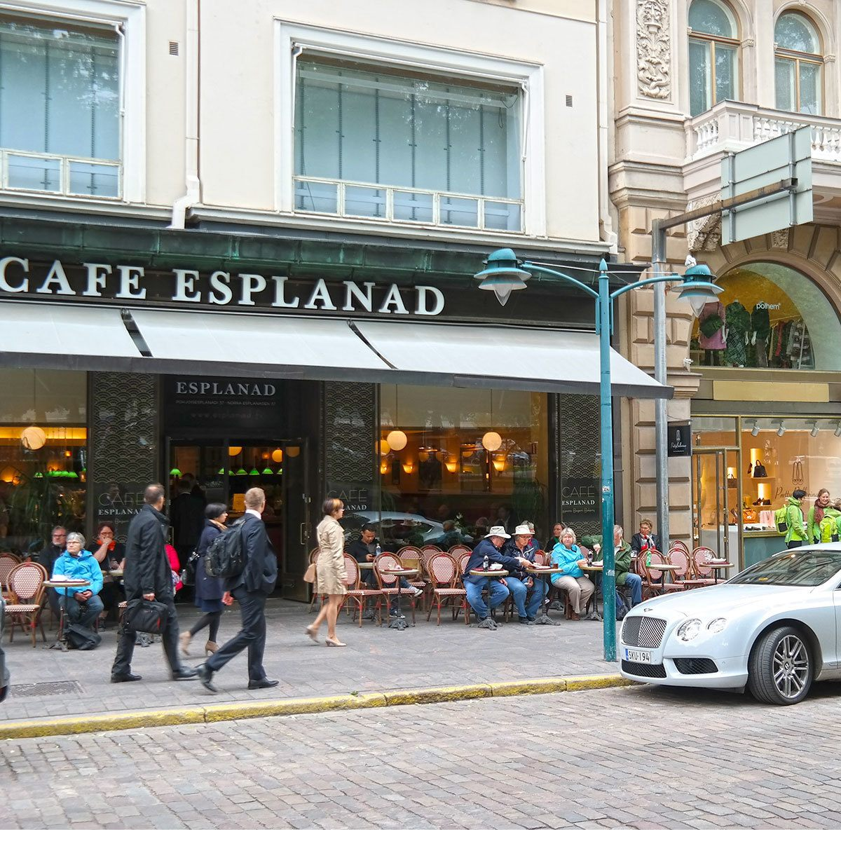 cafe-esplanad