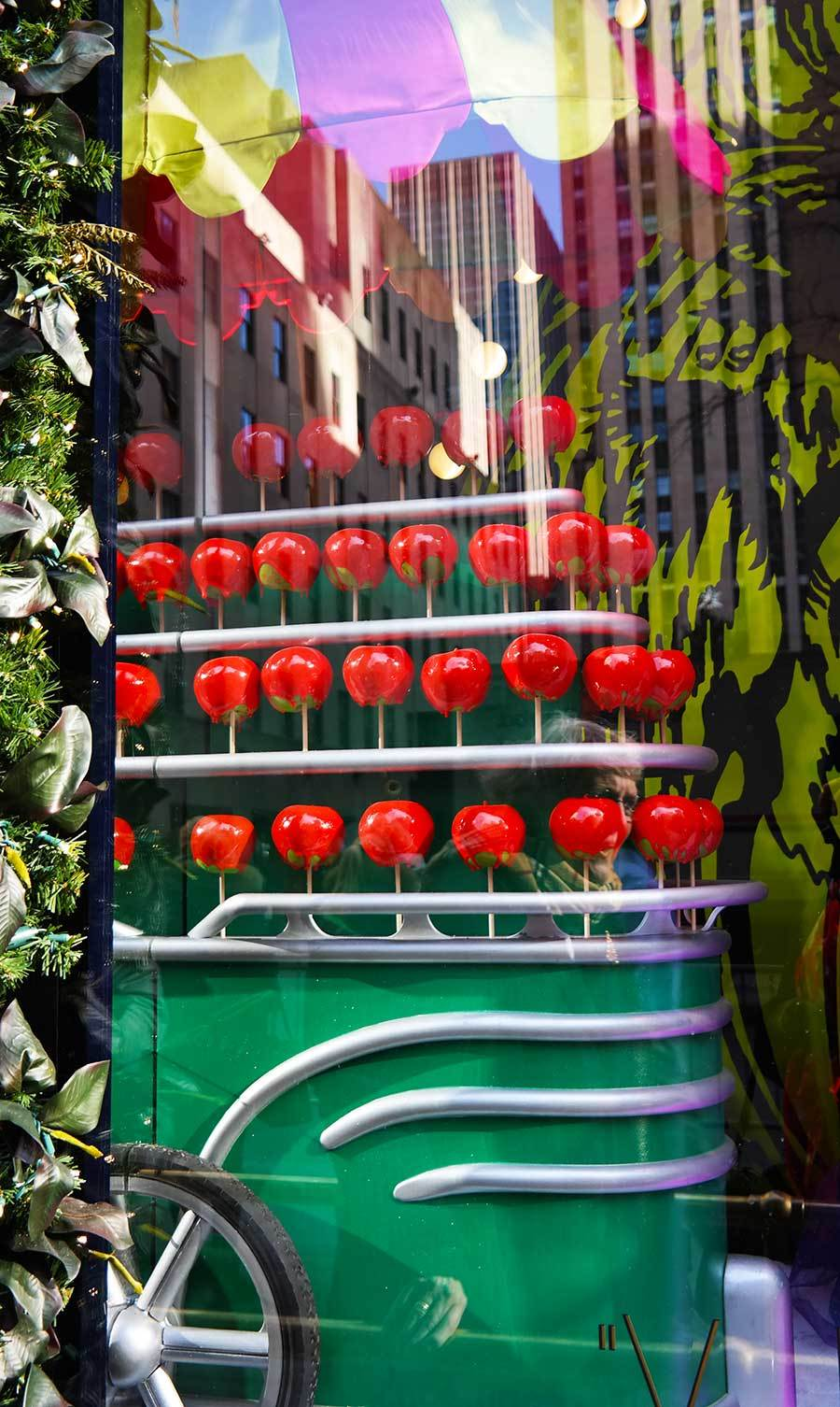 poison-apples-as-Nyc-street-food