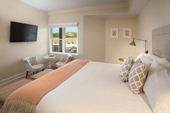 Poolside Guestroom-X2