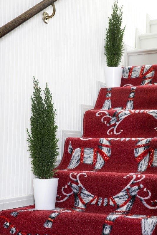 Olkipukki, straw goat Christmas themed rug for Scandinavian Christmas decor.