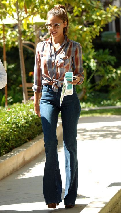 jessica alba flare jeans plaid shirt
