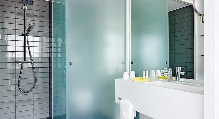 Comwell hotel bathroom