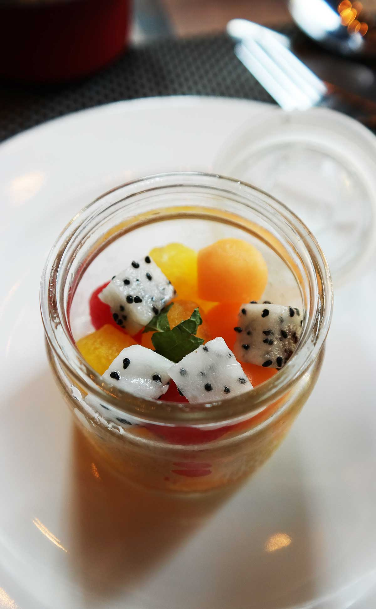 eat fresh fruit in Bali
