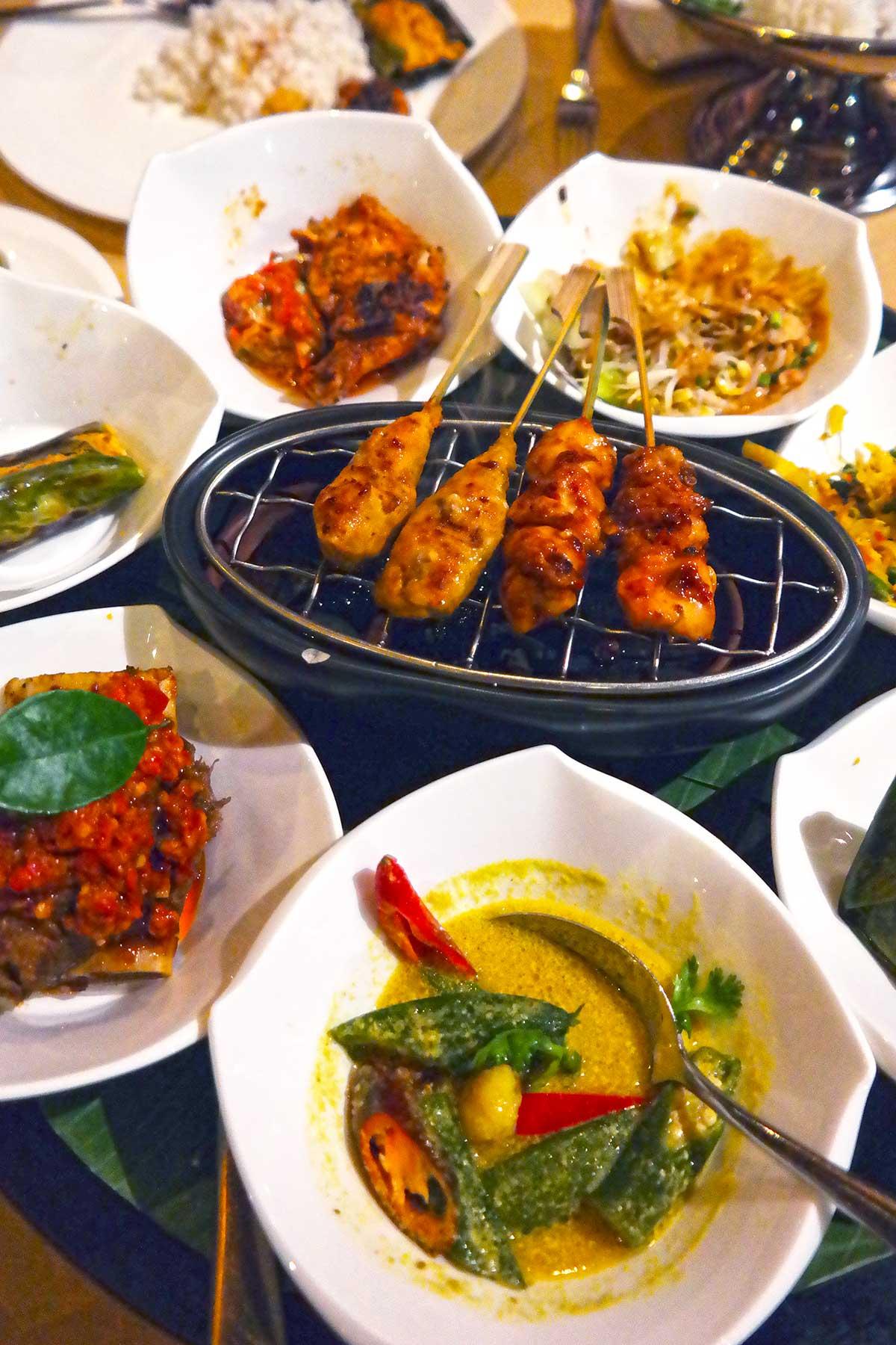 Dulang dining experience at St Regis Bali
