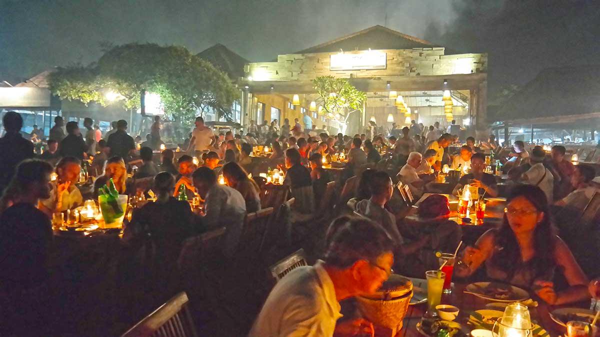 Menega Cafe Jimbaran Beach, Bali