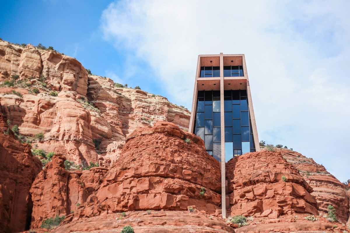 Sedona Chapel of the Holy Cross Photo: @nomadicnewlyweds