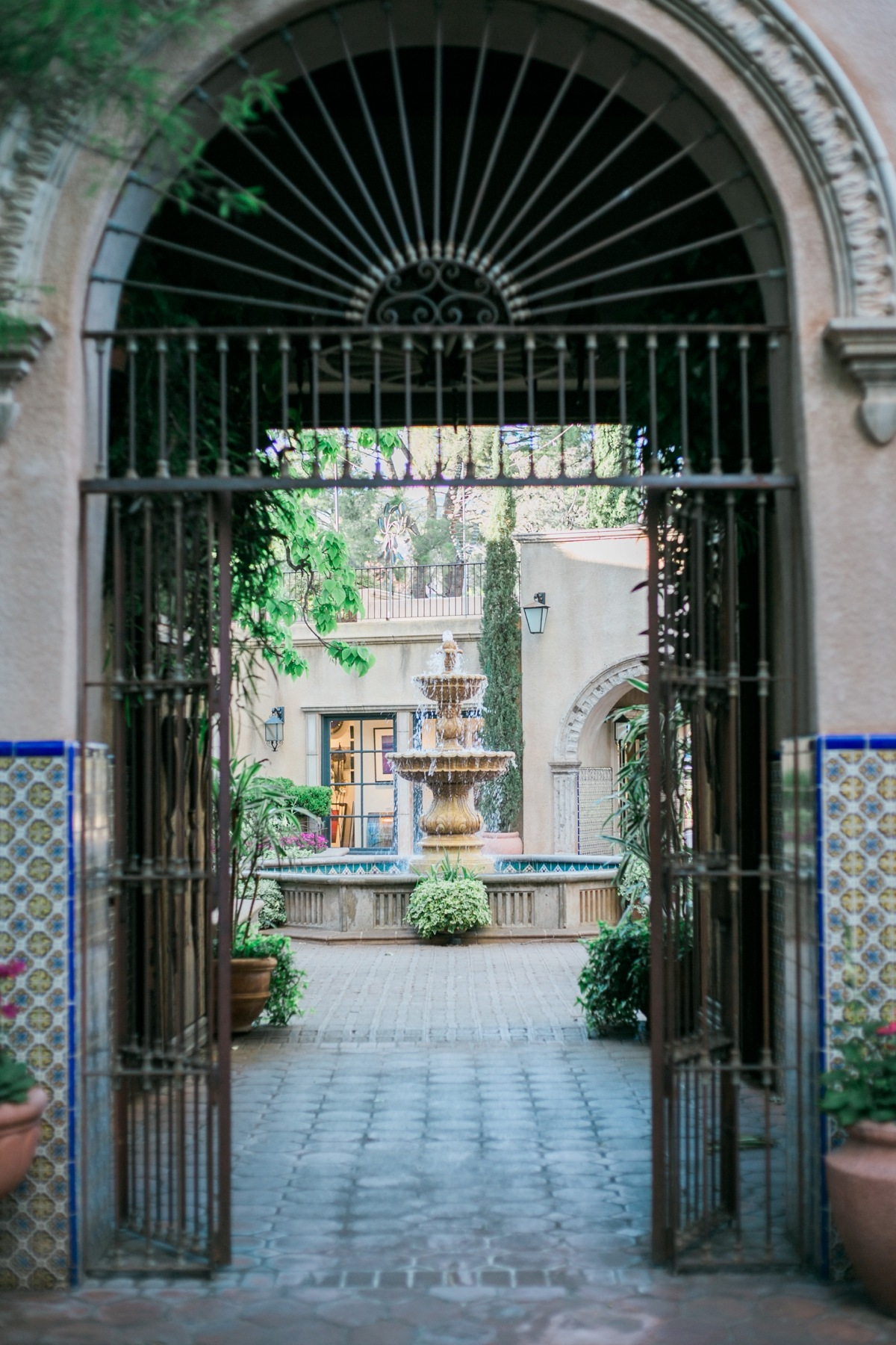 Sedona Tlaquepaque Photo: @nomadicnewlyweds