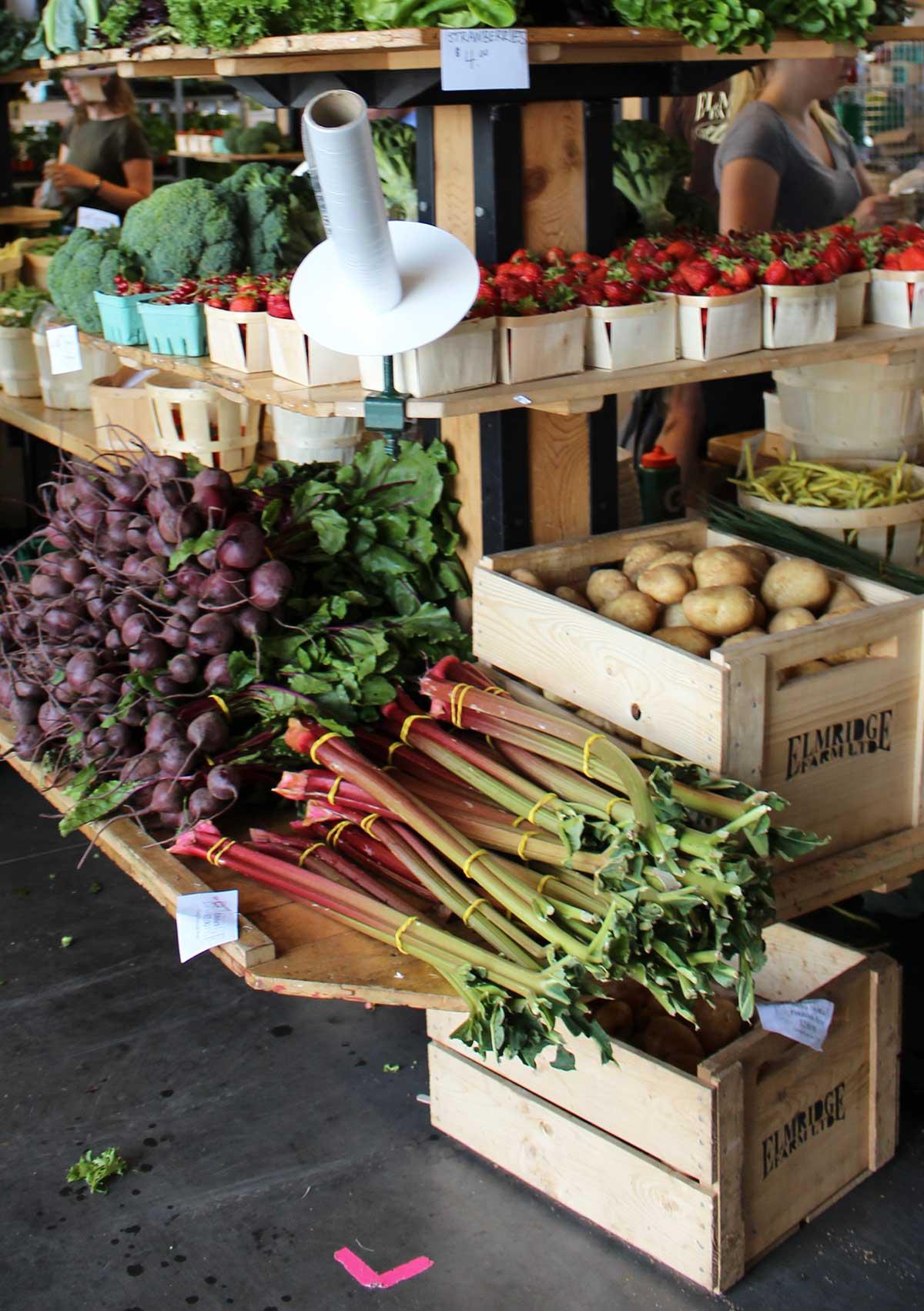 rhubarbs-beets-farmers-market